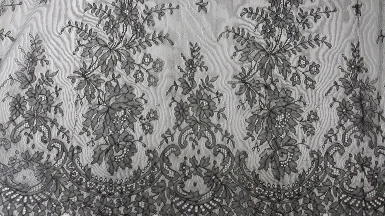 The intricacy and delicacy of this floral design far surpasses that of any modern laces. Victorian chantilly lace from the collection of Karolina Laskowska