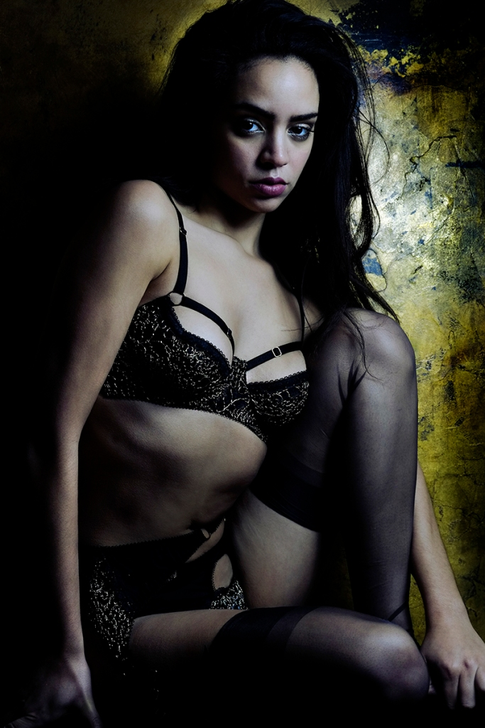 Yazzmin just rocks the Ara set way too well, I ADORE the photos from this shoot - can't wait to share them all with you! Lingerie by Karolina Laskowska. Photography by Jenni Hampshire. Modelled by Yazzmin Newell.
